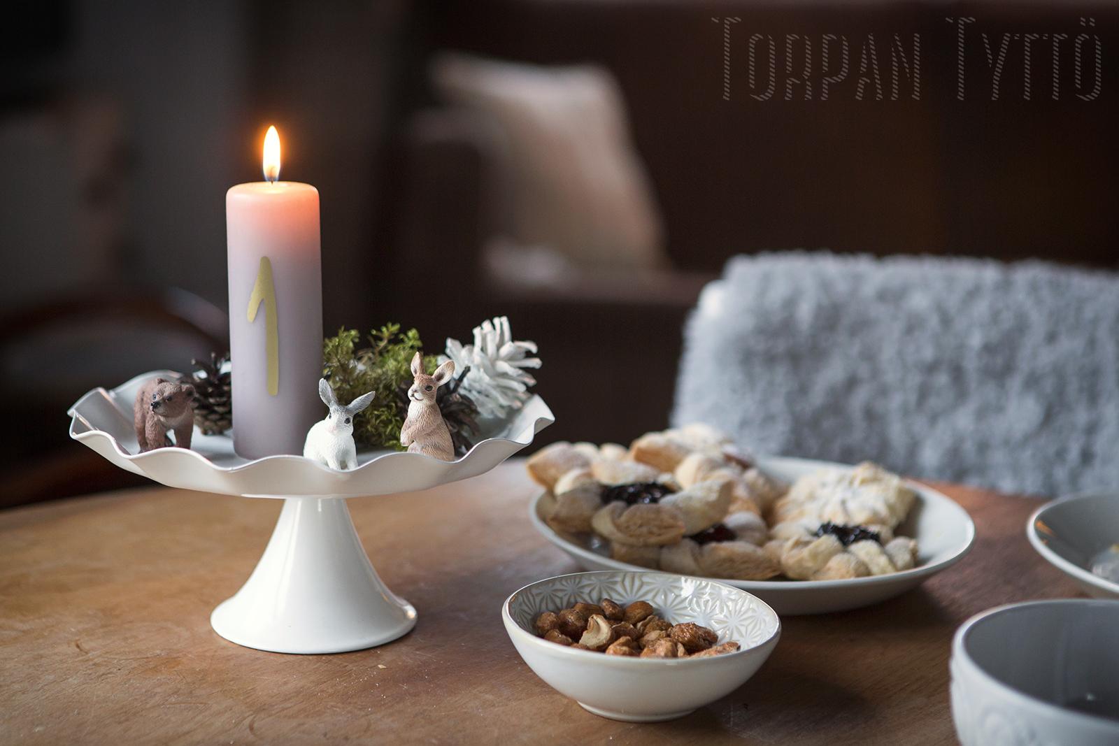 torpan-tytto-adventtikynttila-jouluasetelma-2